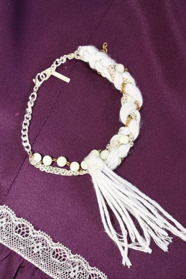 Julie Schouvey / Bracelet blanc