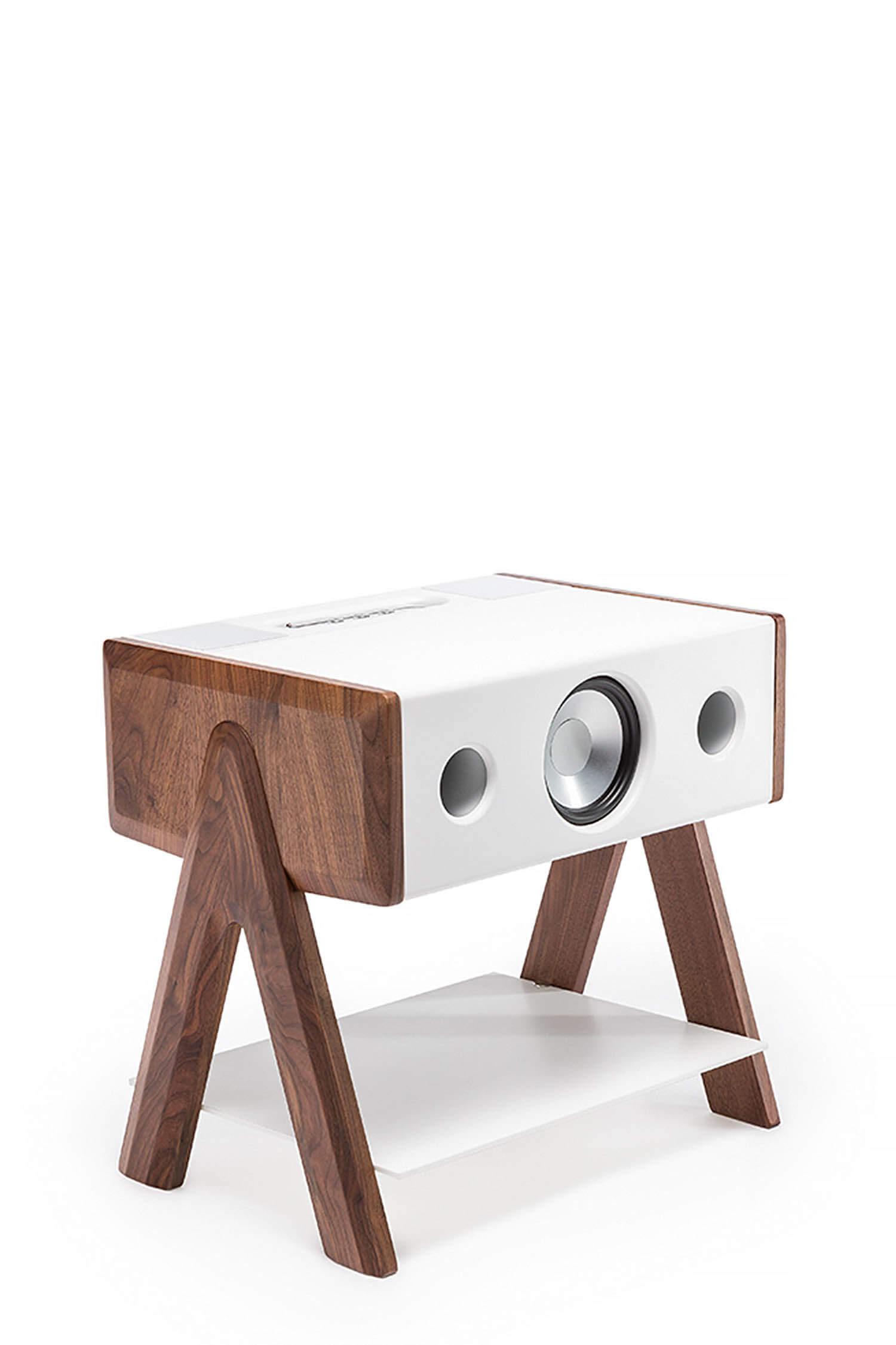 enceinte haute fid lit cube cs en corian et noyer la bo te concept. Black Bedroom Furniture Sets. Home Design Ideas