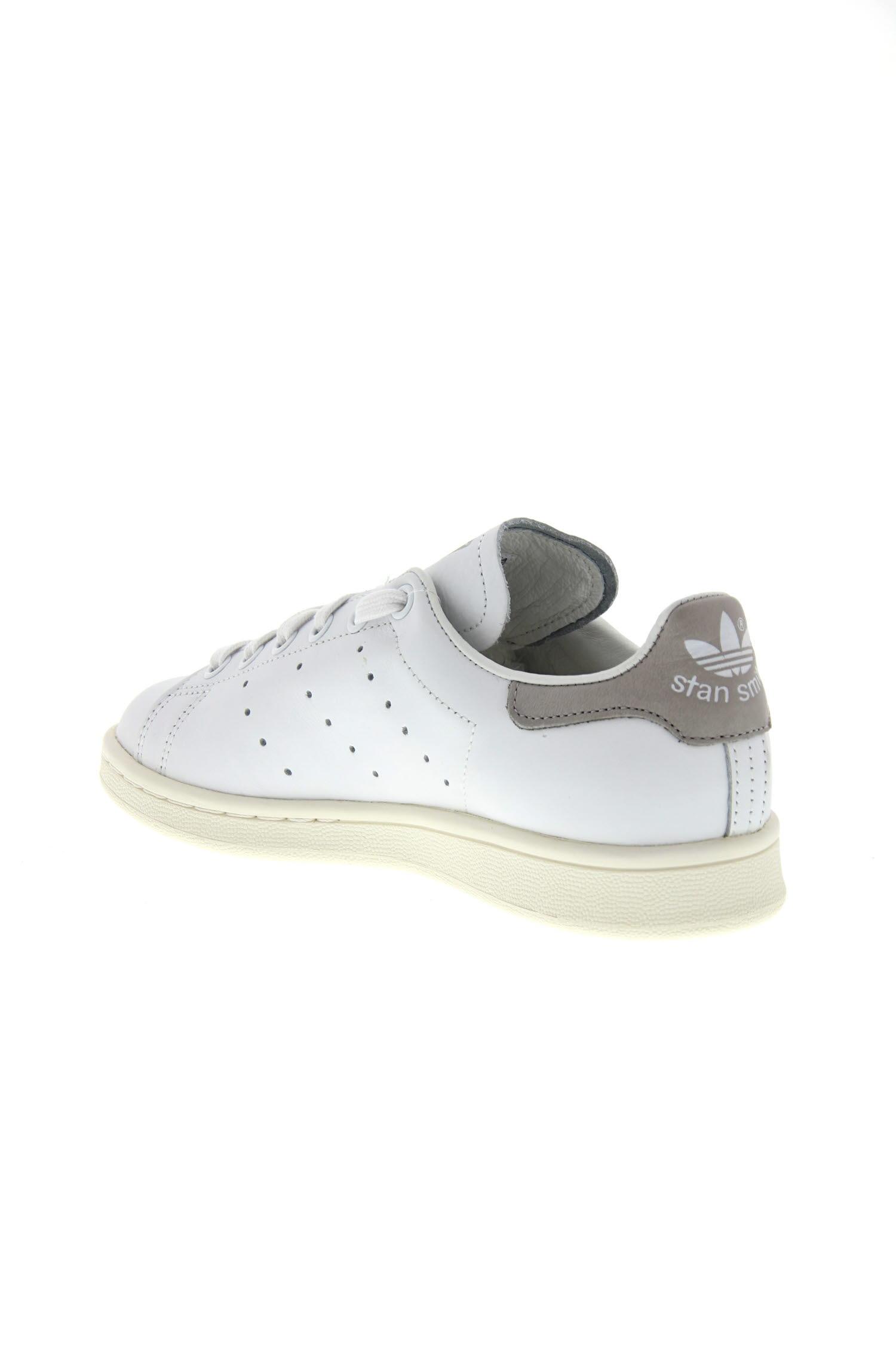 accueil chaussures baskets stan smith og blanche et bleu. Black Bedroom Furniture Sets. Home Design Ideas