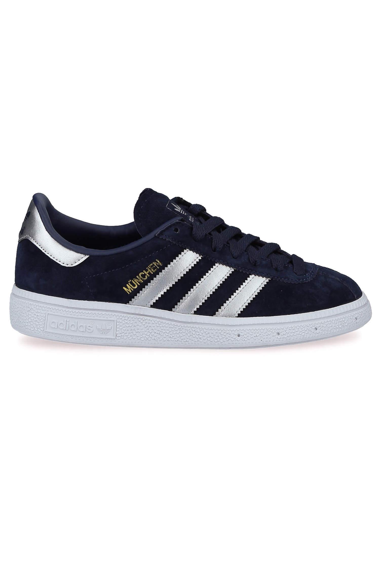 buy popular c4b26 4b82c Accueil · Chaussures de sport, baskets · adidas Originals  Baskets Munchen.  adidas Originals   Baskets Munchen ...