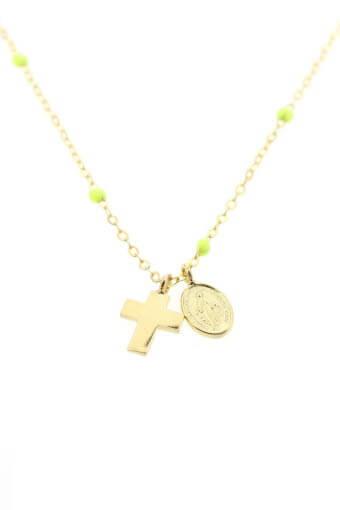 Gigi Clozeau / Collier en or jaune, perles de résine, croix et madone