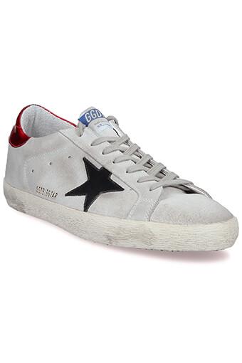 Golden Goose / Sneakers Superstar, daim gris, étoile noir et patch rouge